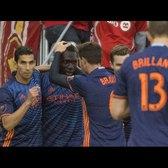 GOAL | Kwadwo Poku Curls In His First of the Season | NYC @ TOR