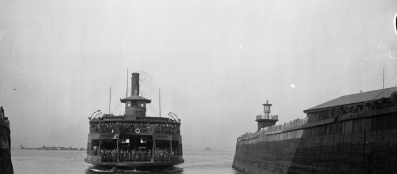 The ferry boat Mayor Gaynor entering into the slip at St. George on May 2, 1919.
