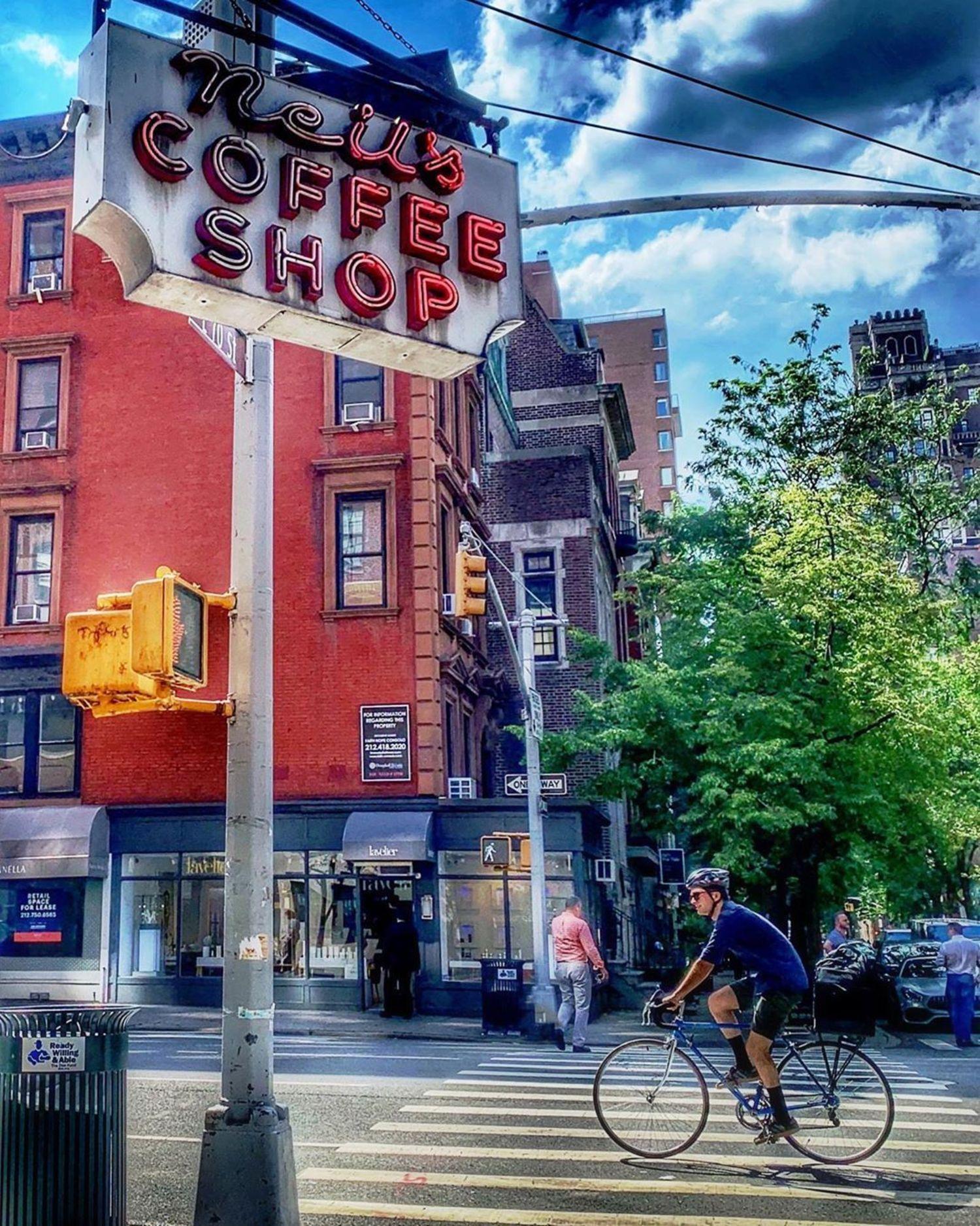 Neil's Coffee Shop, Upper East Side, Manhattan