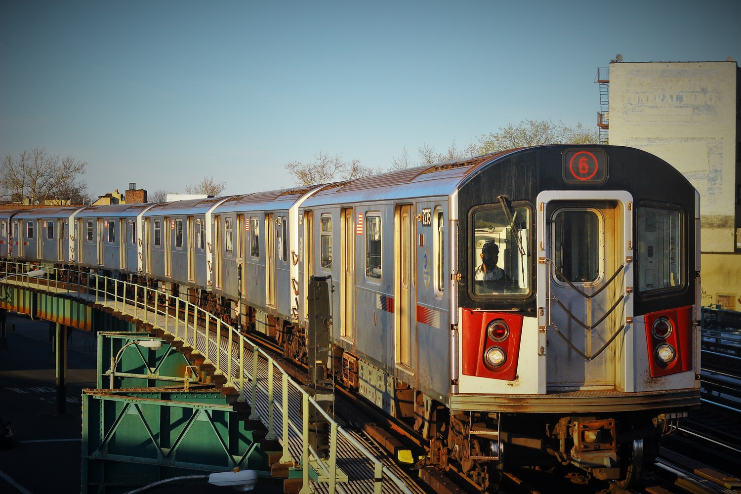 R142A Lead Motor 7275 on the 6 line | Brooklyn Bridge Bound 6 train. Consist R142-A cars