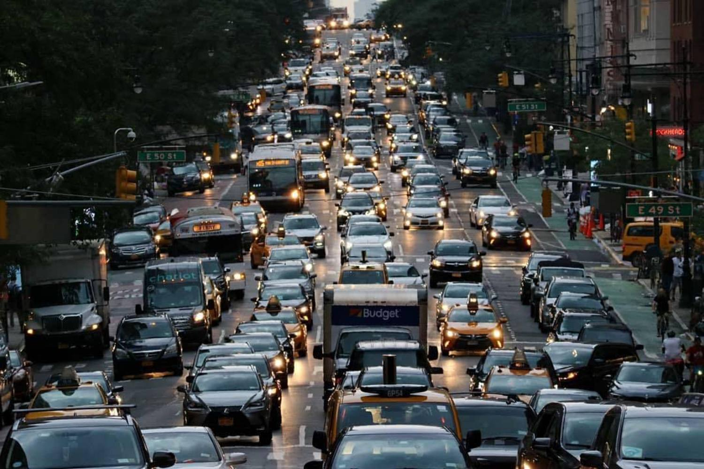 2nd Avenue, New York. Photo via @chihoboken #viewingnyc #newyork #newyorkcity #nyc #2ndavenue
