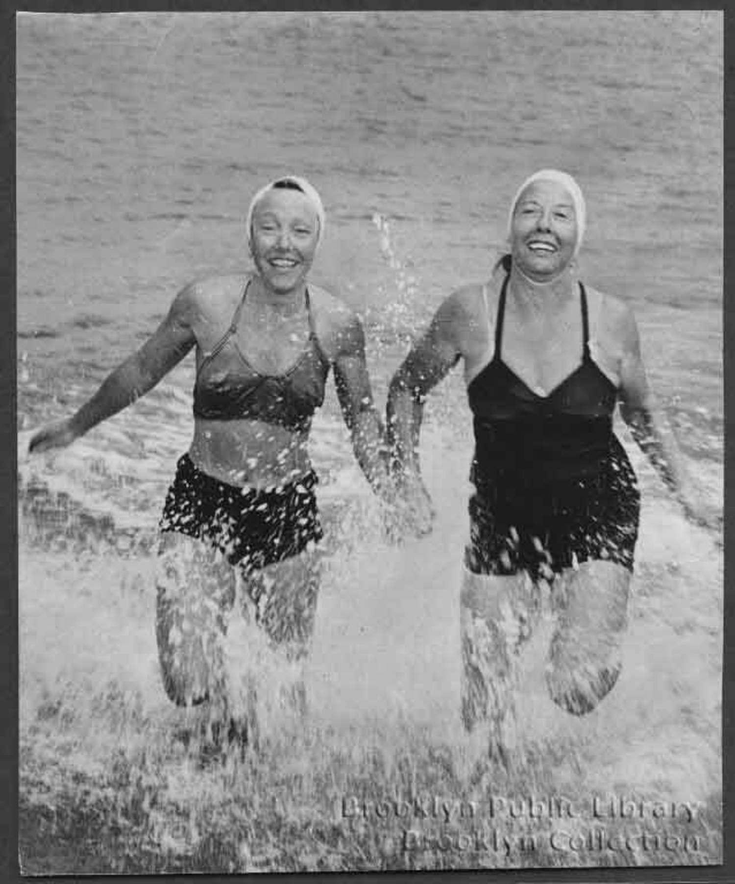 Splish splash, 1948-style.