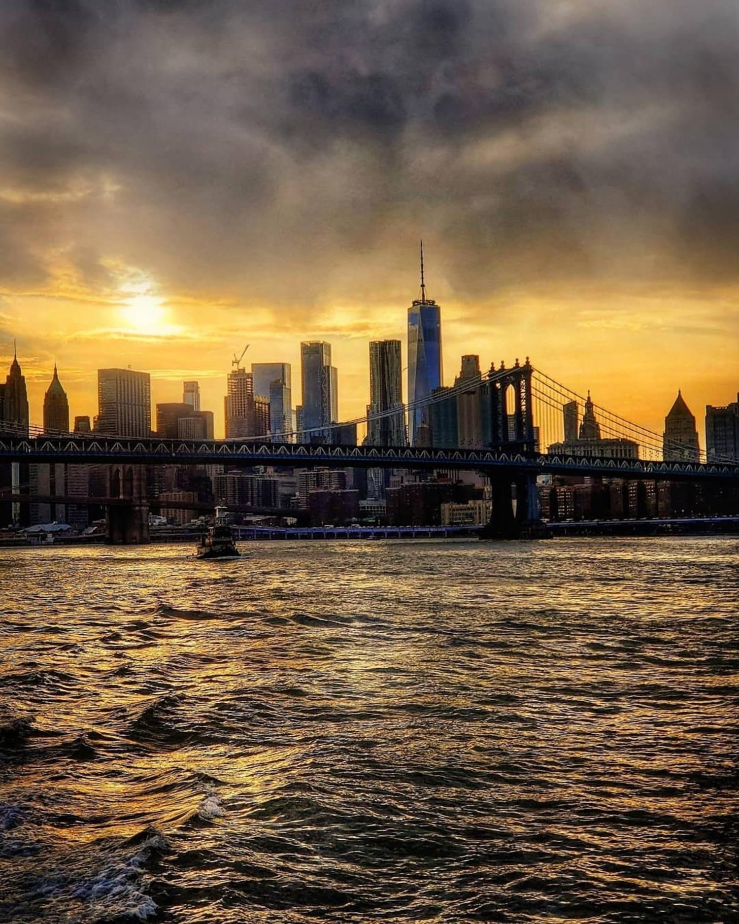 Manhattan Bridge and Lower Manhattan Skyline
