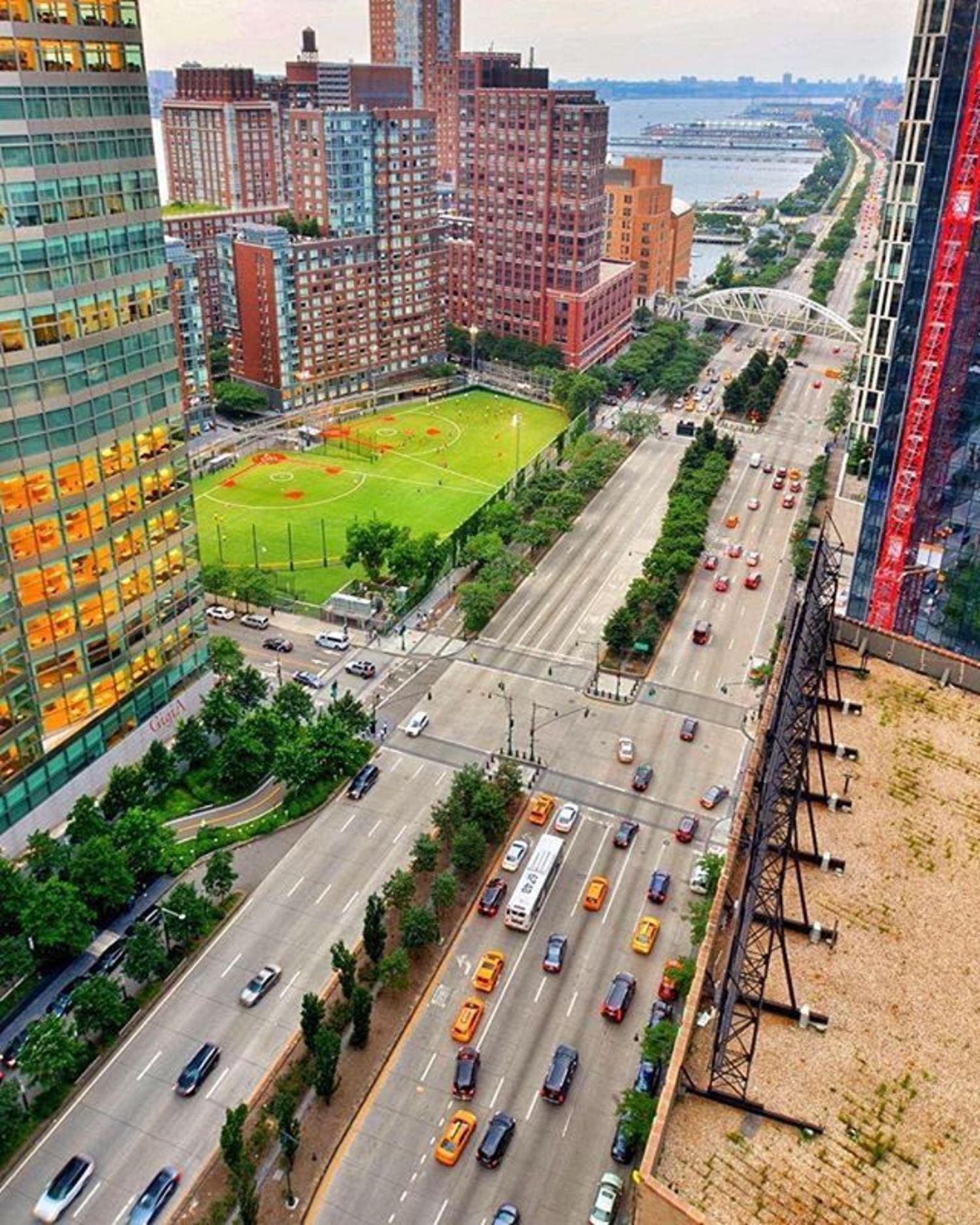 West Side Highway, New York, New York. Photo via @gigi.nyc #viewingnyc #newyorkcity #newyork