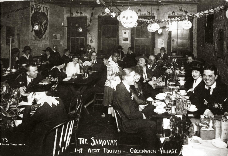 The Samovar, West Fourth Street; photograph by Jessie Tarbox Beals.