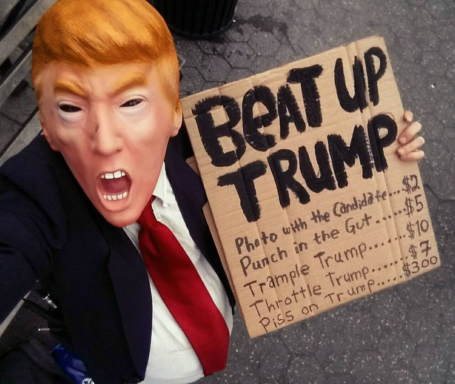 In #unionsquare this afternoon. Maybe #timessquare tonight. Gimme fodder, feed me ur thoughts n ideas. #BeatUpTrump