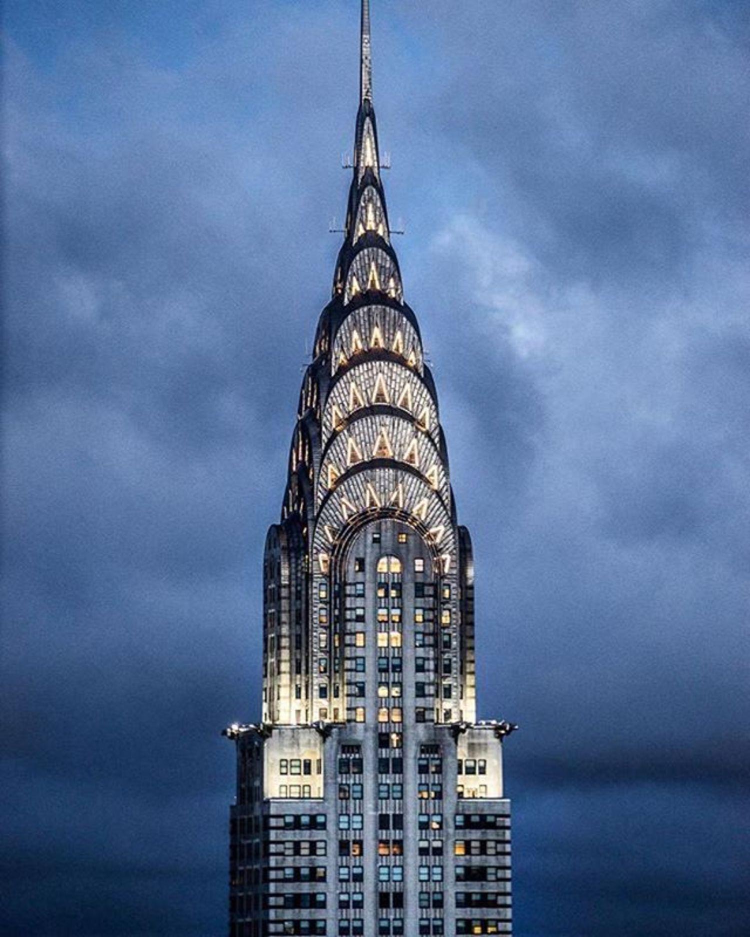 Chrysler Building, New York, New York. Photo via @brooklynveezy #viewingnyc #newyorkcity #newyork #nyc
