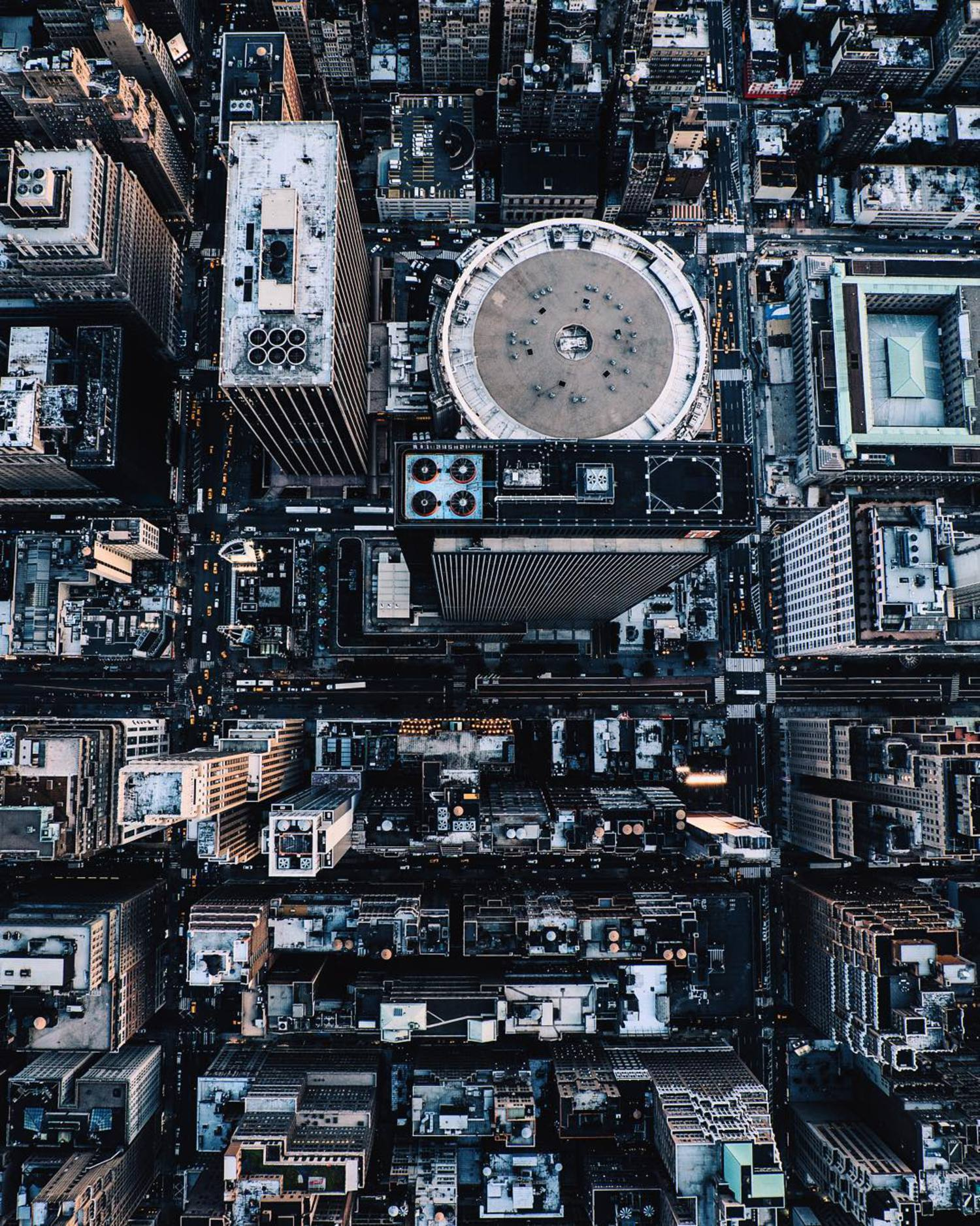 - integrated circuitry -  @nyonair || @flynyon