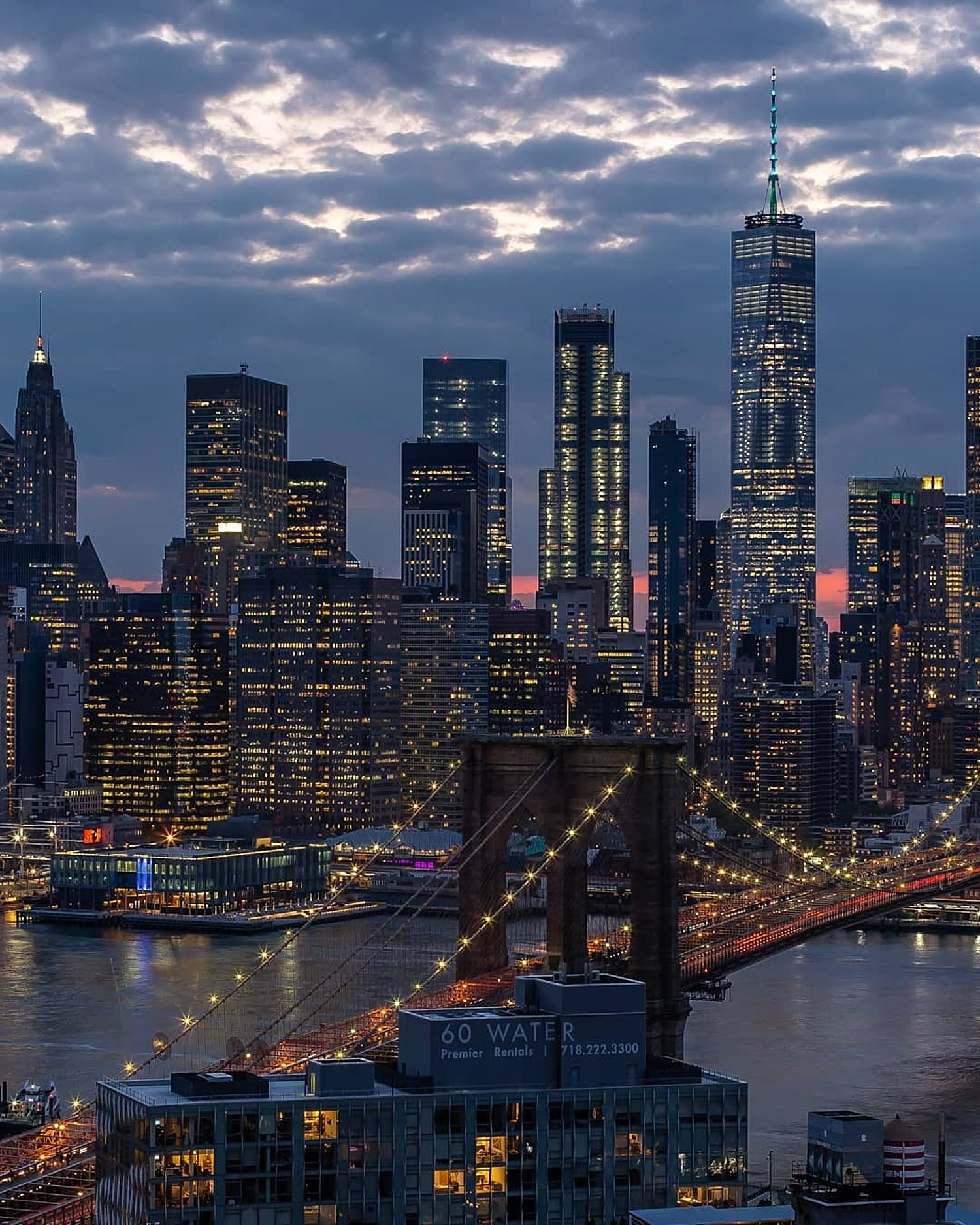 Brooklyn Bridge and Lower Manhattan Skyline, New York