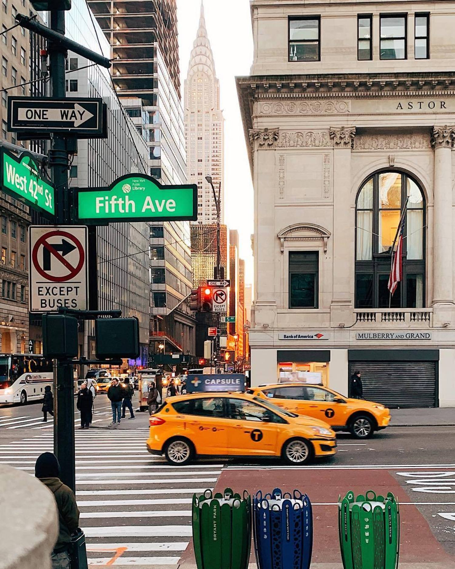 5th Avenue and 42nd Street, Midtown, Manhattan