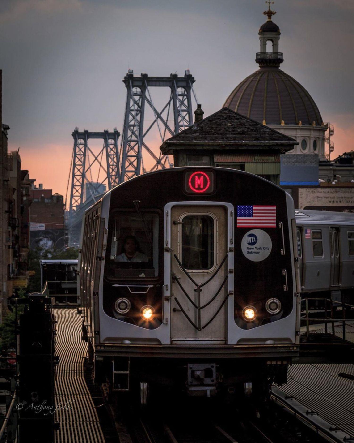 M Train, Marcy Avenue, Williamsburg, Brooklyn