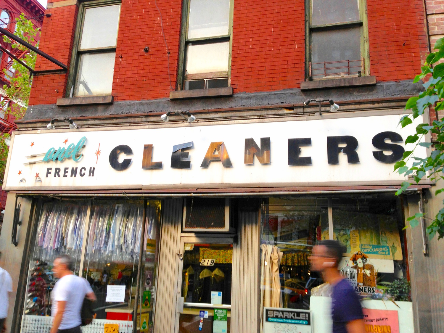 Anel French Cleaners