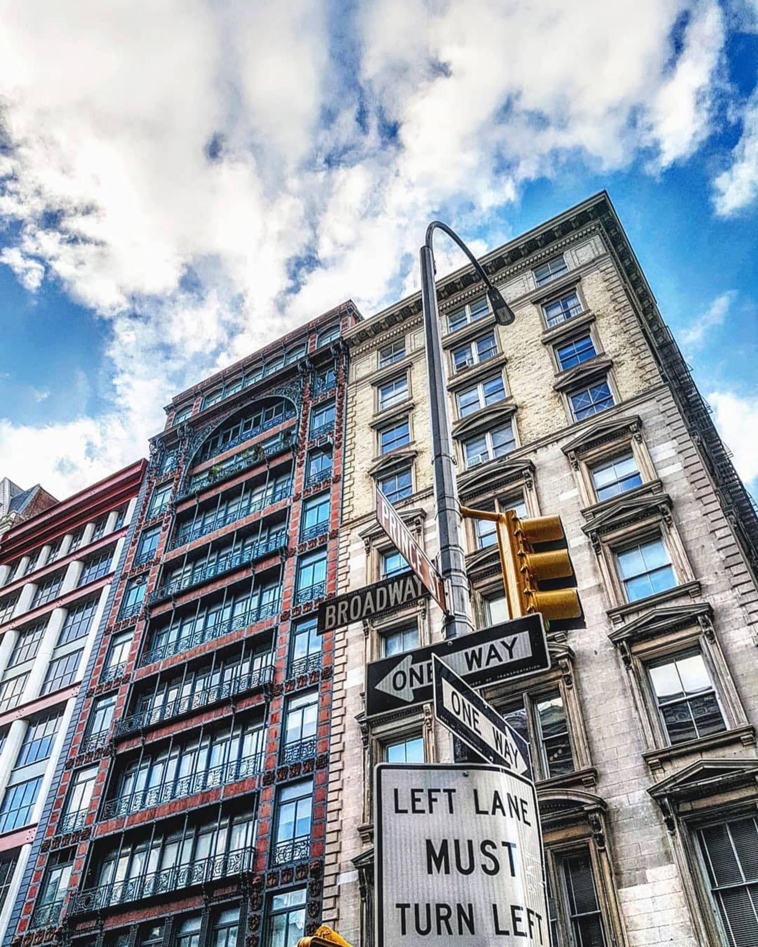 SoHo, Manhattan. Photo via @brunobrasileiro #viewingnyc #nyc #newyork #newyorkcity