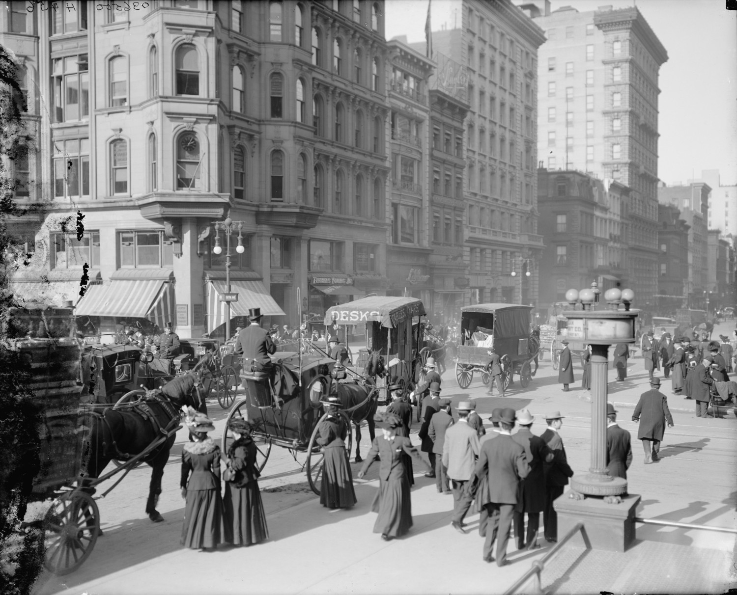 Fifth Avenue & 42nd Street c. 1903 – Crowded Street On A Cold Sunny Day