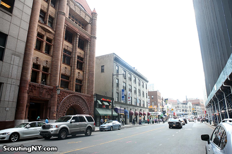 19 - Jay Street