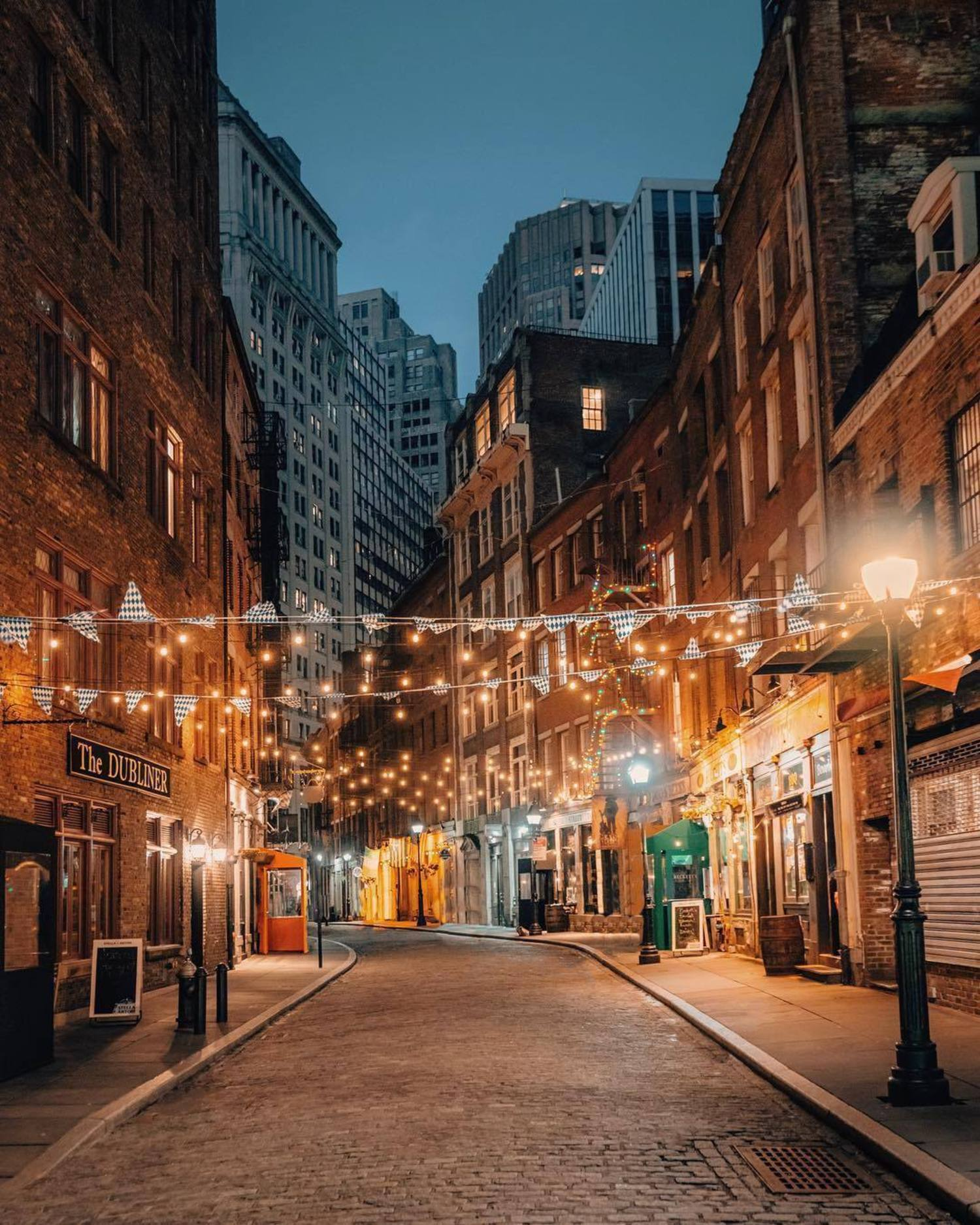 Stone Street, New York, New York. Photo via @joethommas #viewingnyc #nyc #newyork #newyorkcity