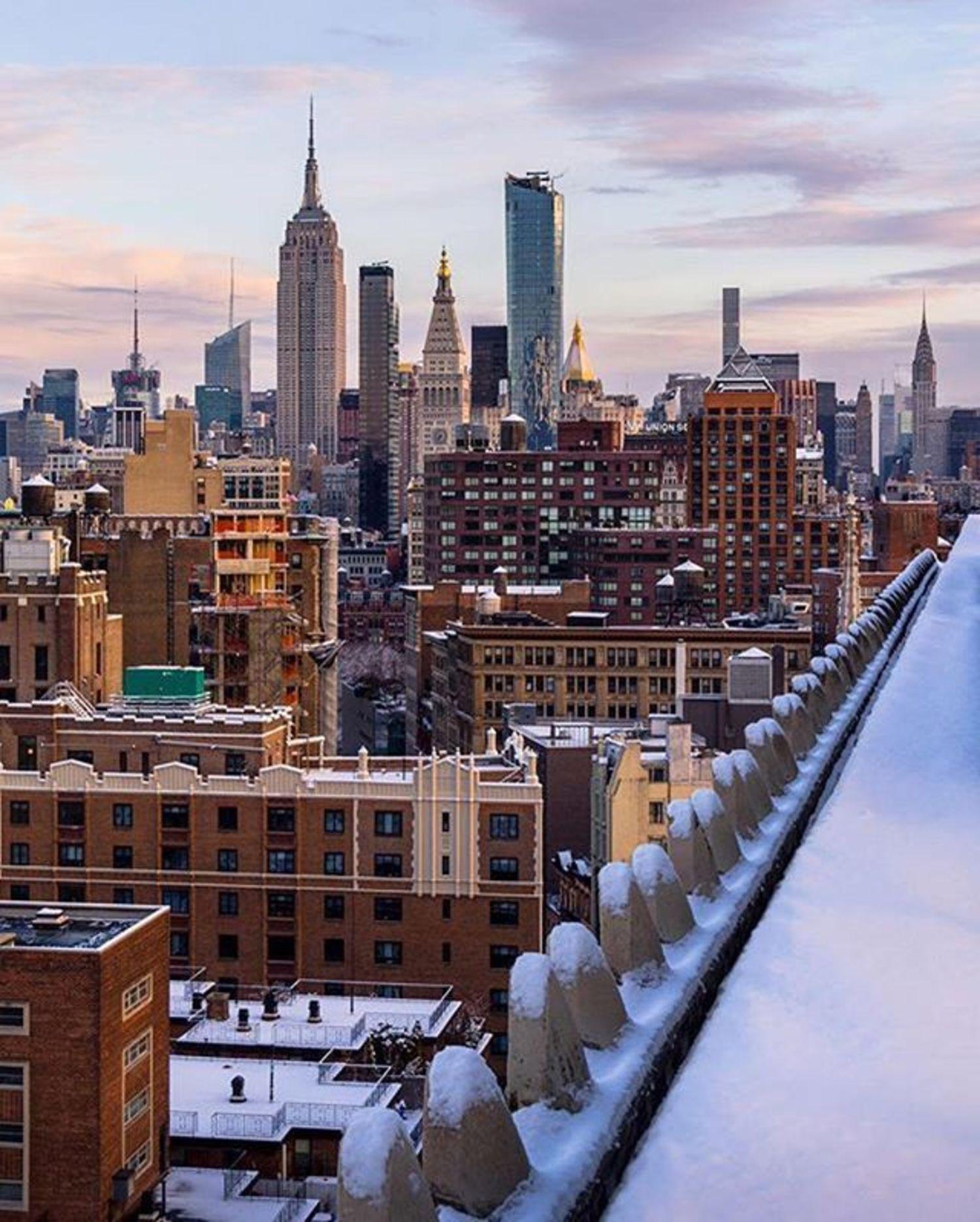New York, New York. Photo via @chief770 #viewingnyc #newyork #newyorkcity #nyc #snow
