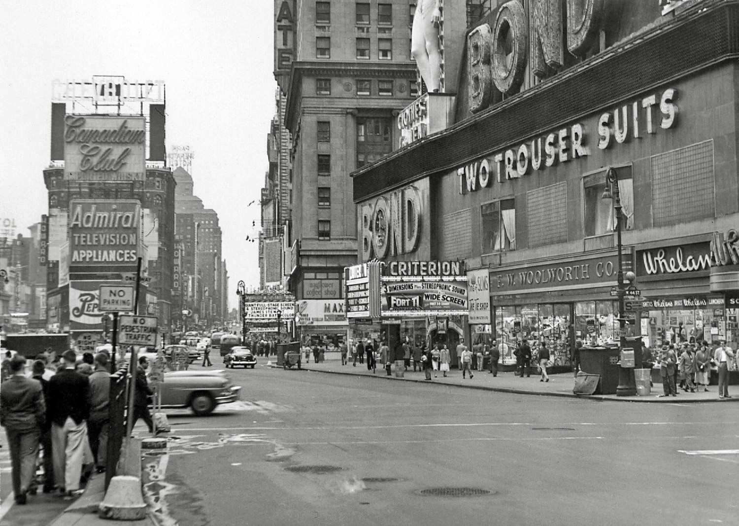3-D on Times Square, May 30, 1953