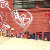 Moving Picture #newyorkcity #skyline #yarnbomb #londonkaye #bushwick #streetart #crochet #art #graffiti #newyork_instagram @mustacheagency