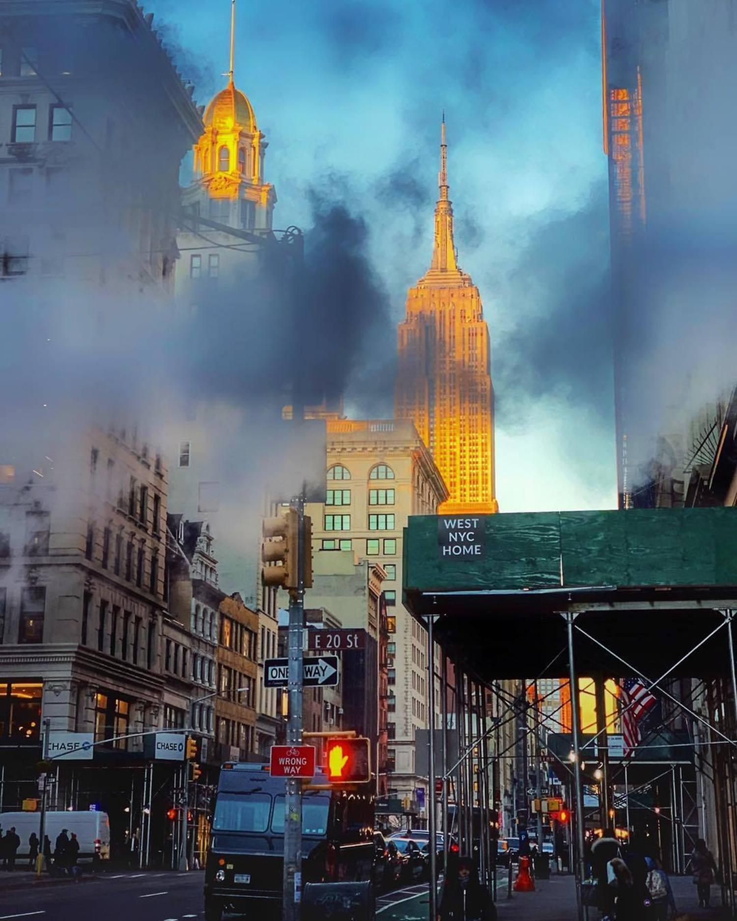 5th Avenue and 20th Street, Flatiron District, Manhattan