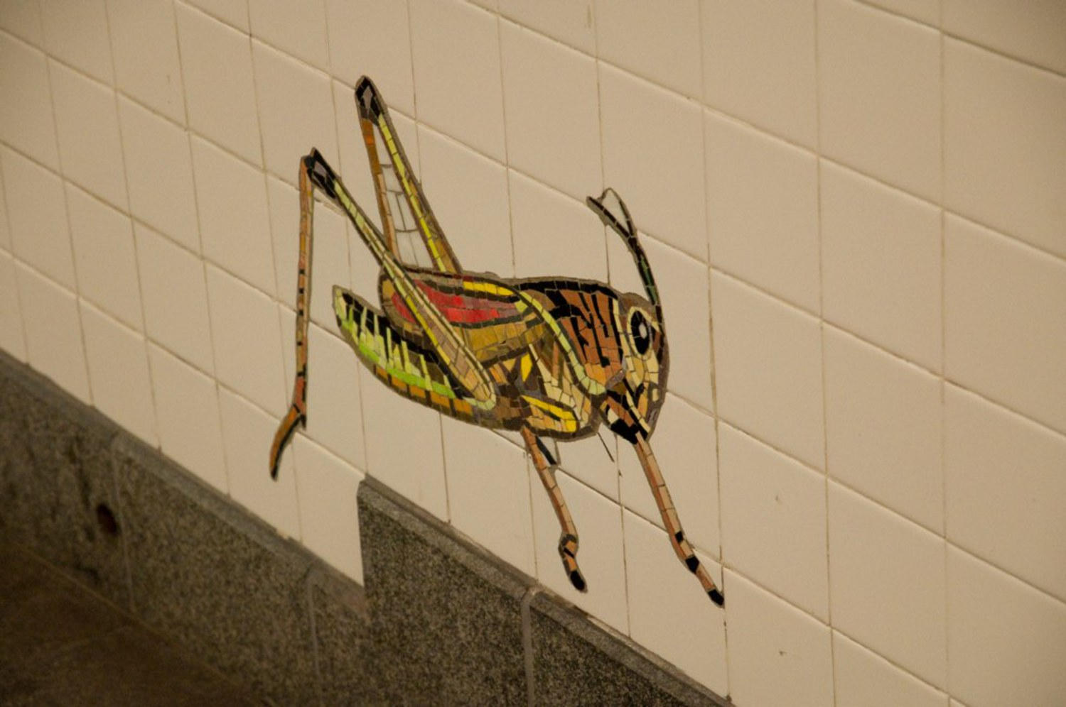 Cricket Subway | A mosaic of a Cricket at the 81st Street Subway Station.