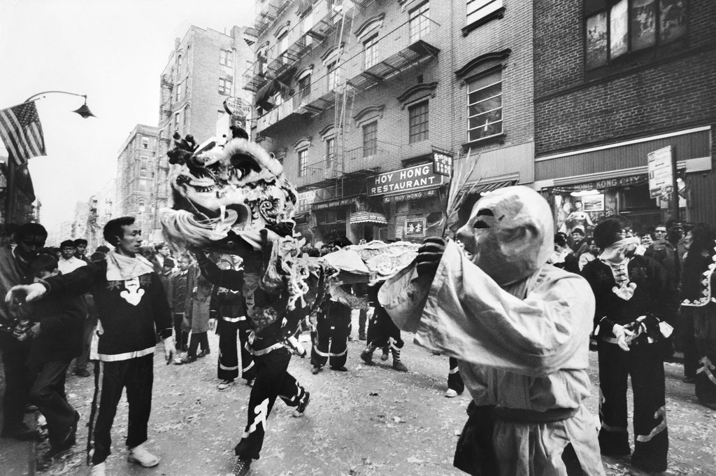 vintage photograph shows chinese new year celebrations on mott street in 1969 viewing nyc. Black Bedroom Furniture Sets. Home Design Ideas