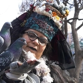 "A New York gem: this woman is ""mother"" to hundreds of pigeons"