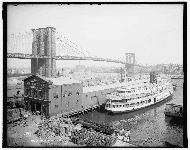 Brooklyn Bridge and Chapin Steamboat, 1905