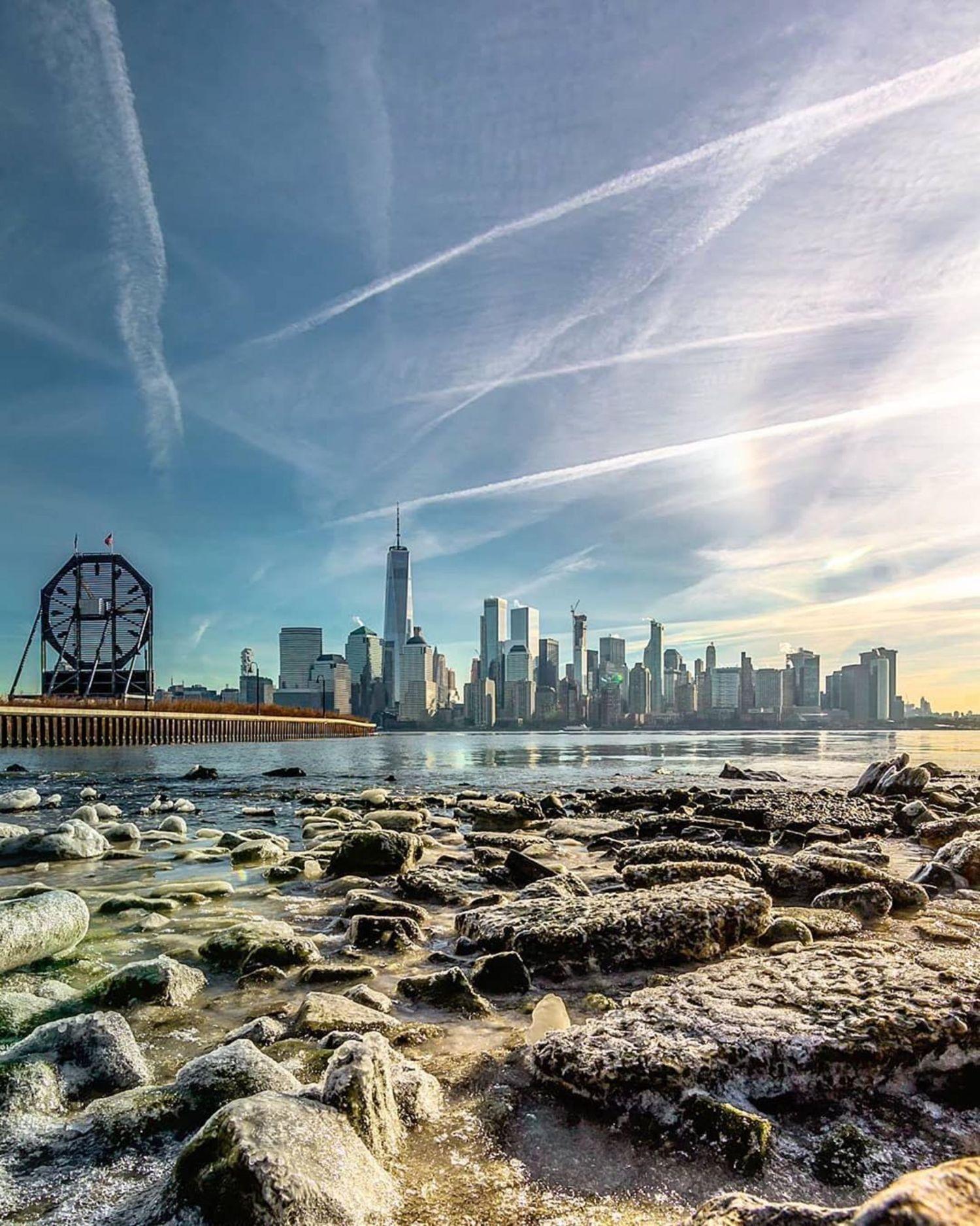 New York, New York. Photo via @everydayimshuttering #viewingnyc #nyc #newyork #newyorkcity