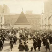 Pyramid of German helmets near Grand Central Terminal : black-and-white photoprint, ca. 1918.