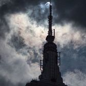Eclipse and Empire State Building. Photo via @maximusupinnyc #viewingnyc #newyorkcity #newyork