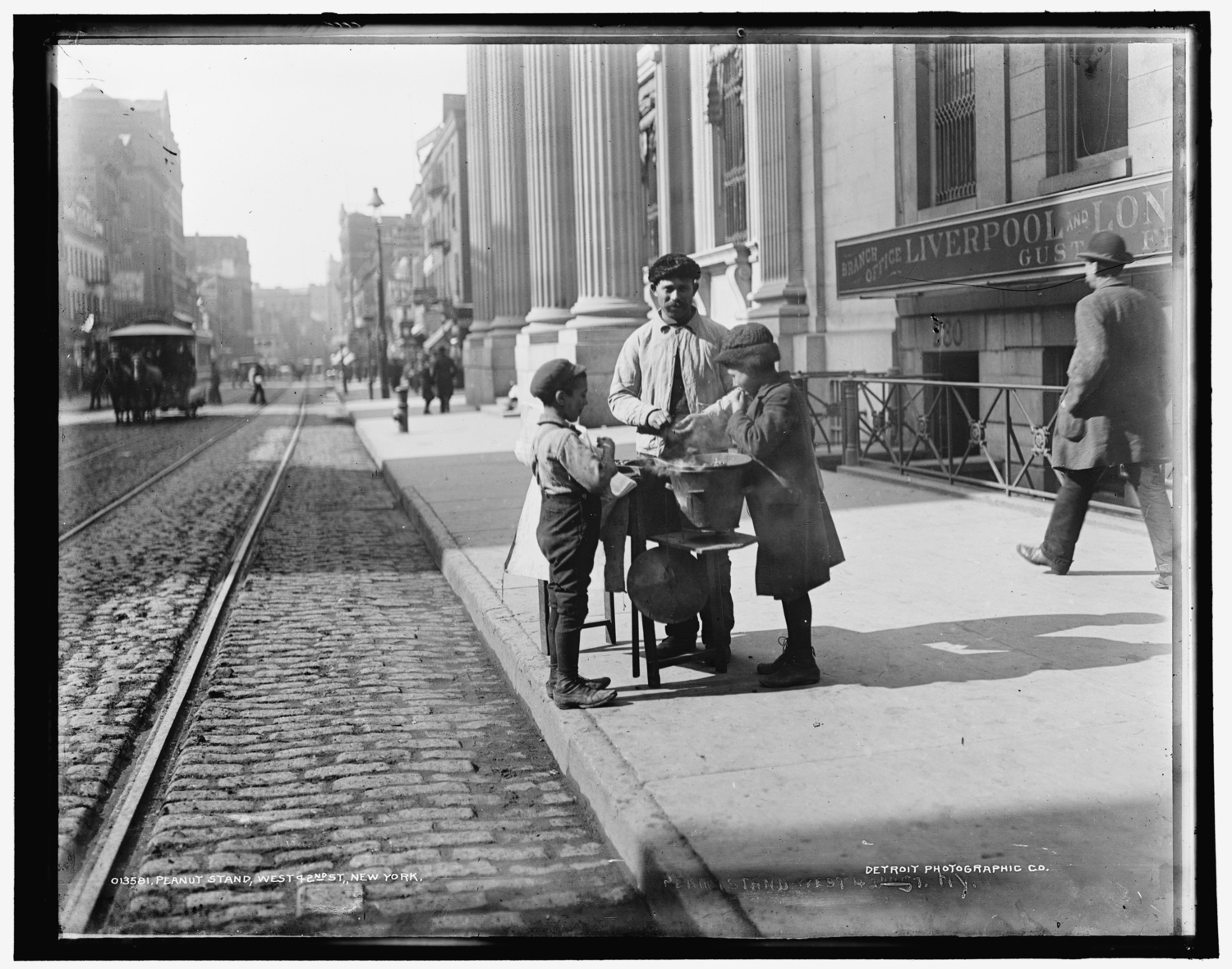 Peanut stand, West 42nd St., New York circa 1900