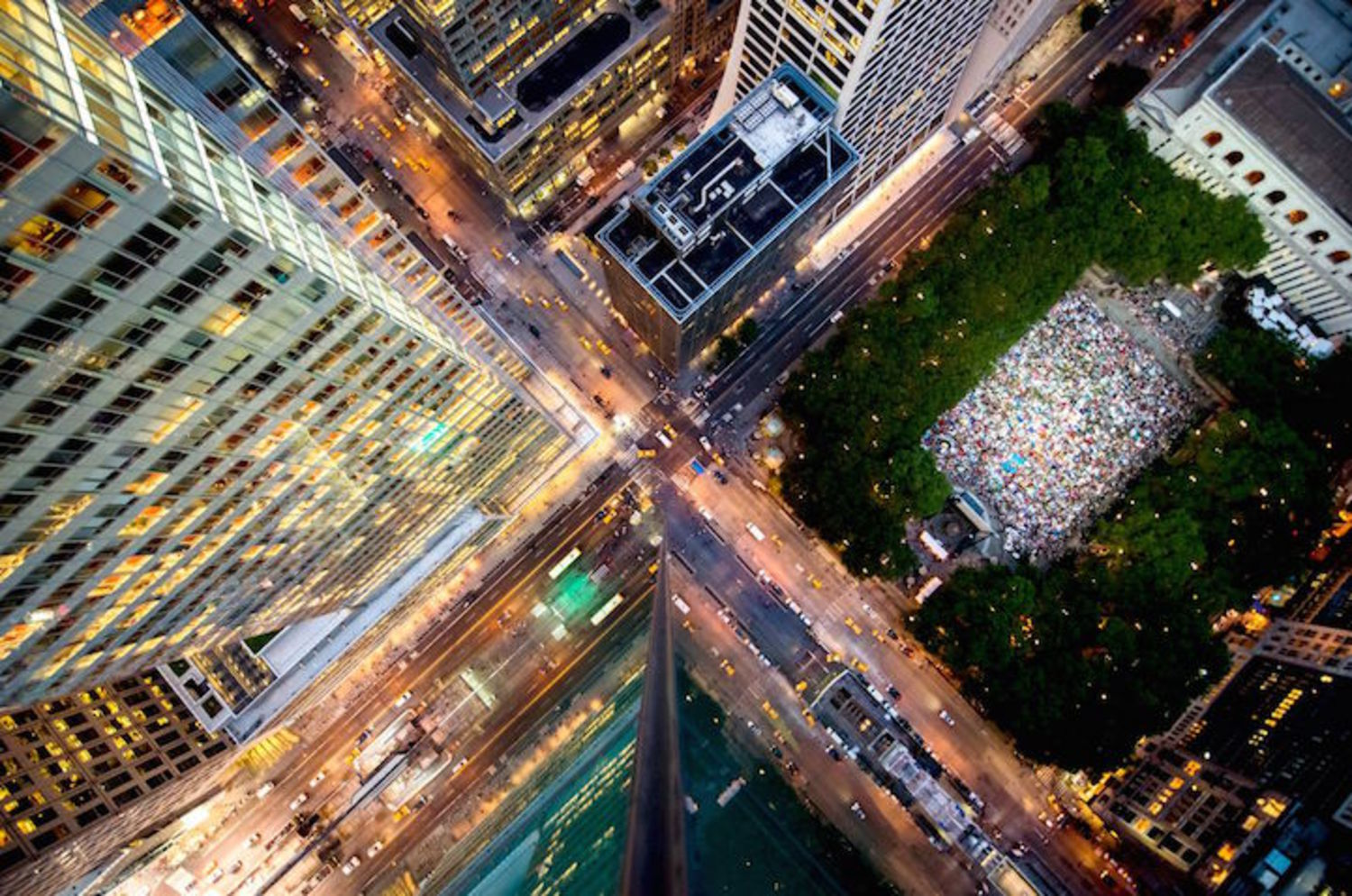 Vertigo-Inducing NYC Rooftop Photo Taken from Over 600 Feet Above Ground