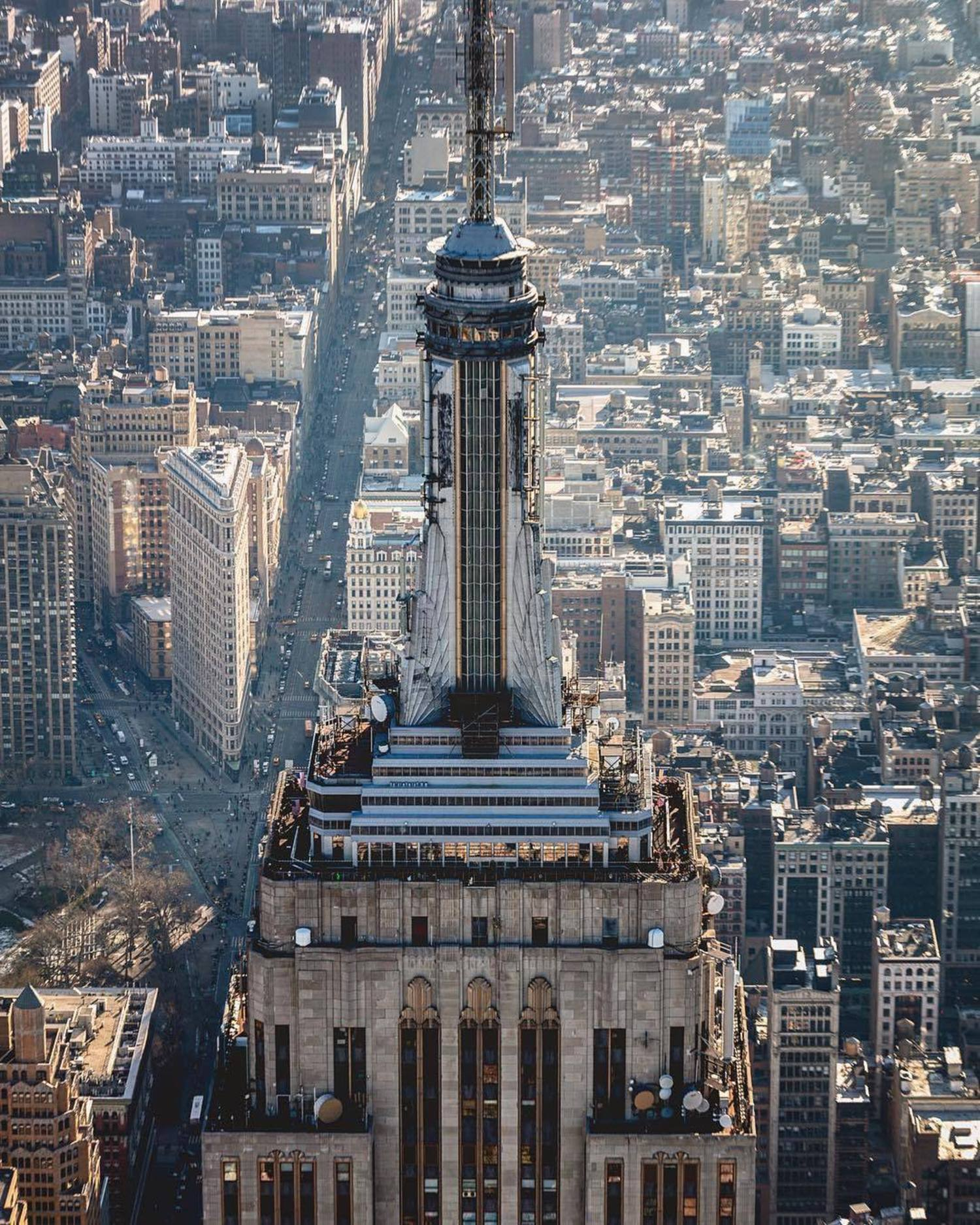 Empire State Building, Manhattan. Photo via @beholdingeye #viewingnyc #nyc #newyork #newyorkcity #empirestatebuilding