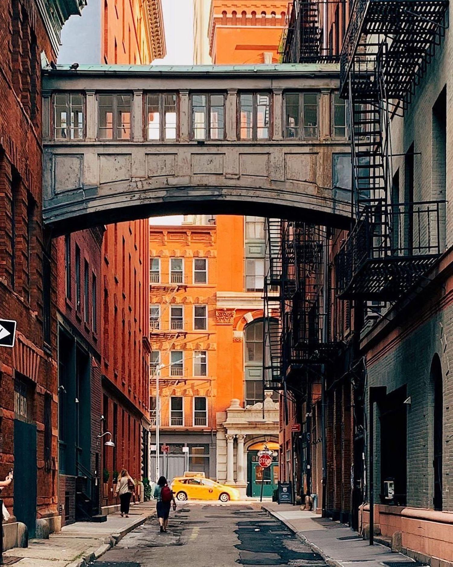 Staple Street Skybridge, Tribeca, Manhattan.