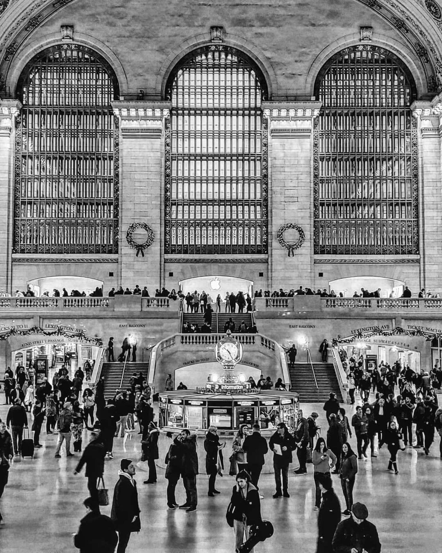 Grand Central Terminal, Midtown, Manhattan. Photo via @beacon_transplant #viewingnyc #nyc #newyork #newyorkcity #grandcentral