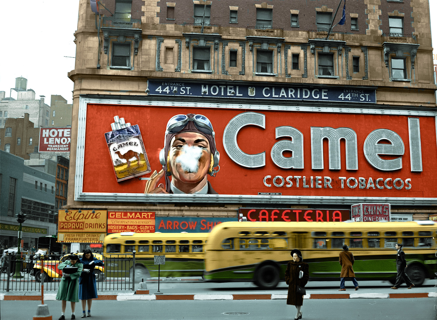 Times Square Camel, colorized