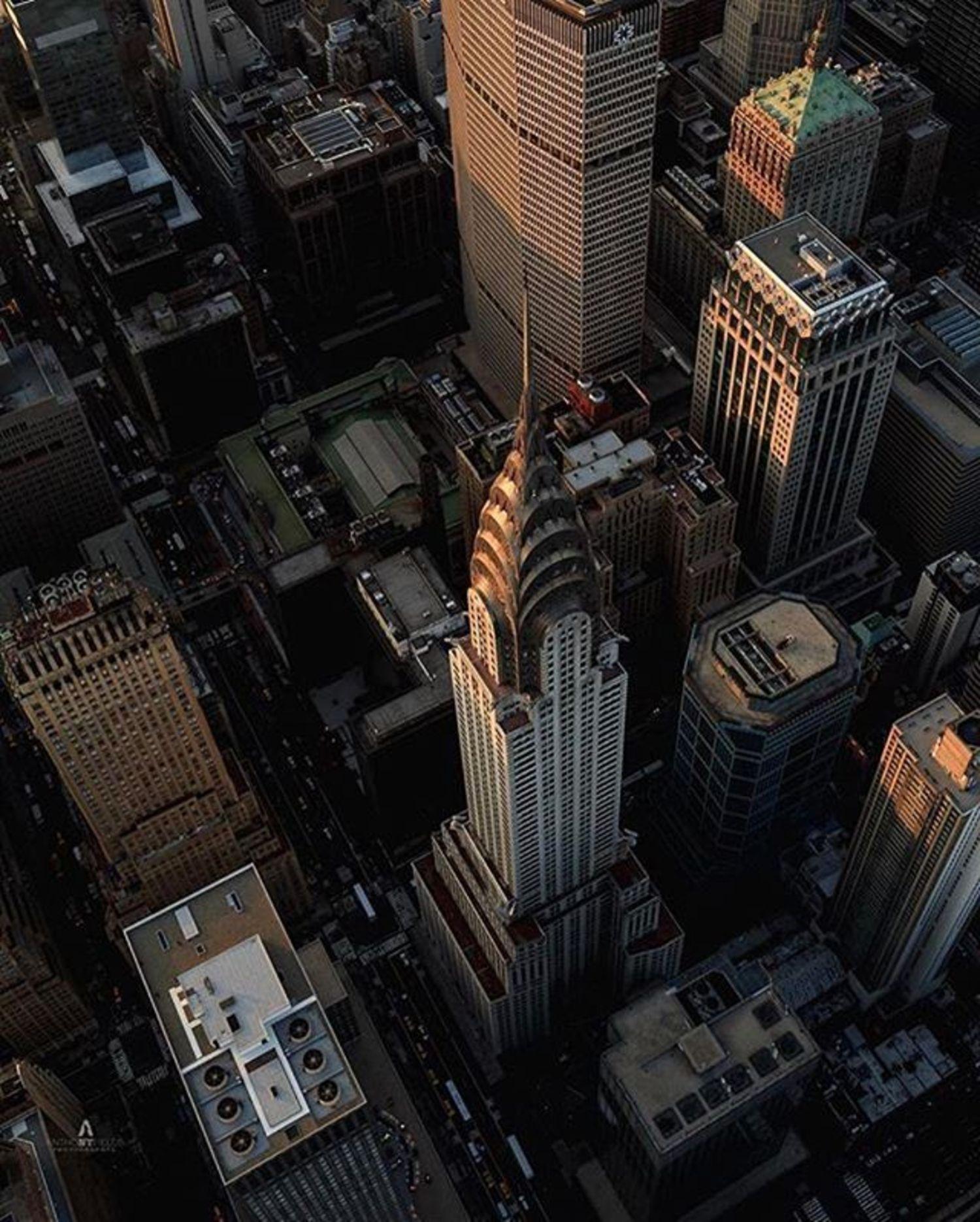 Photo via @afieldsnyc  Chrysler Building  #viewingnyc