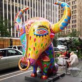 New tourist attraction. #fancyanimalcarnival by Hung Yi.  #nyc #art #sculpture #hungyi