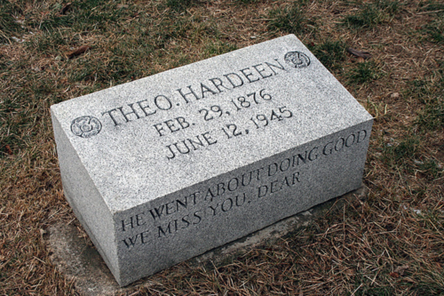 Houdini's brother buried nearby.