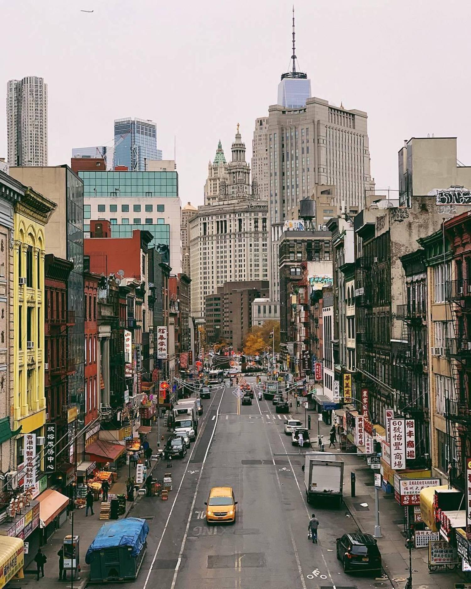 Chinatown, Manhattan. Photo via @iwyndt #viewingnyc #nyc #newyork #newyorkcity