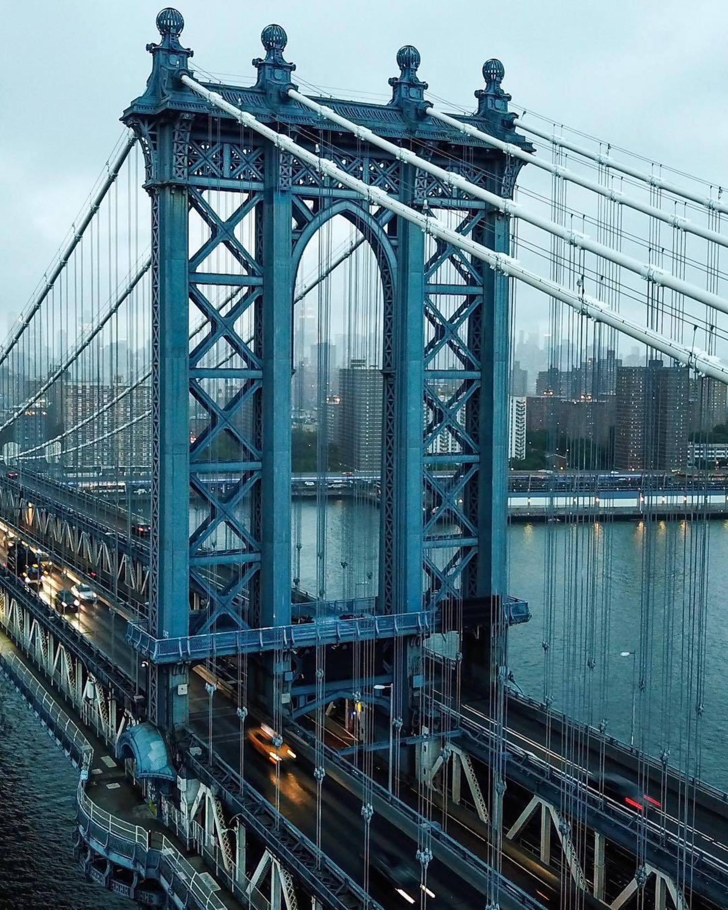 Manhattan Bridge, New York, New York. Photo via @ctg125 #viewingnyc #newyork #newyorkcity #nyc #manhattanbridge