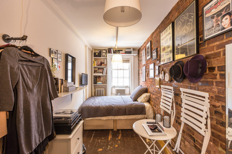 Женщина в квартире дизайн