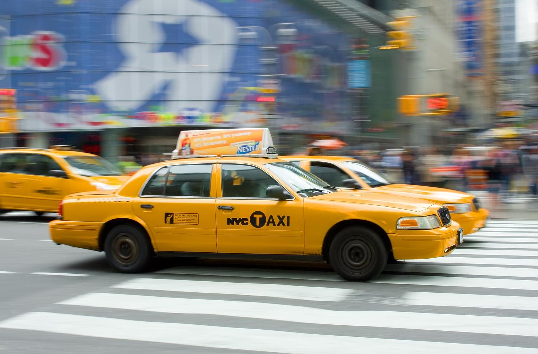 Yellow Cab | panning @ 1/30 sec.