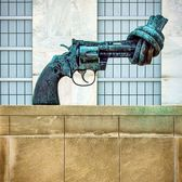 """The Knotted Gun"", Carl Fredrick Reuterswärd, United Nations Headquarters, Manhattan"
