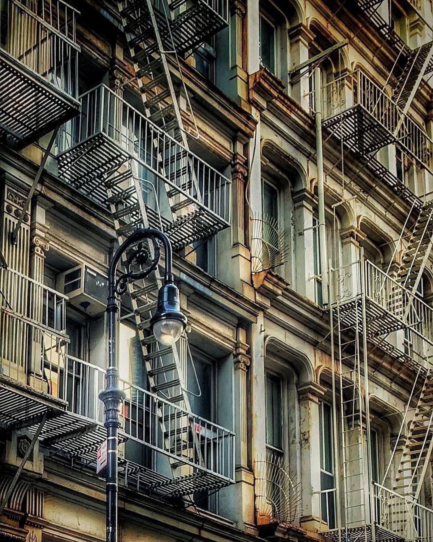 SoHo, New York. Photo via @sue.around.nyc #viewingnyc #nyc #newyork #newyorkcity