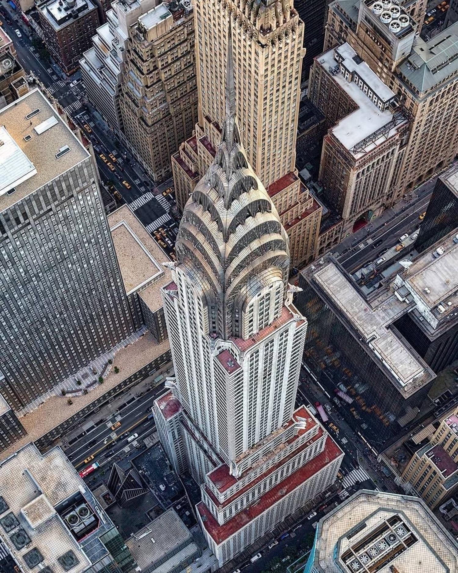 Chrysler Building, Manhattan. Photo via @mattpugs #viewingnyc #nyc #newyork #newyorkcity #chryslerbuilding