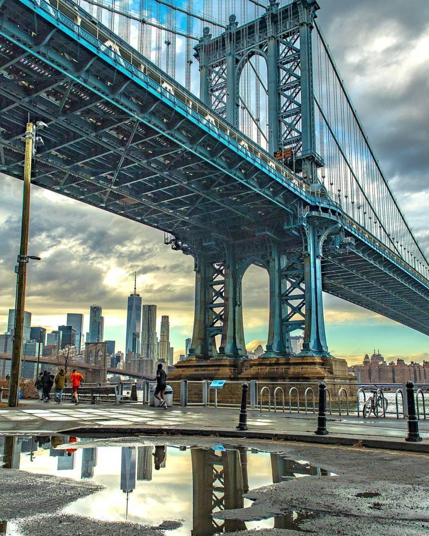 Manhattan Bridge, DUMBO, Brooklyn, New York