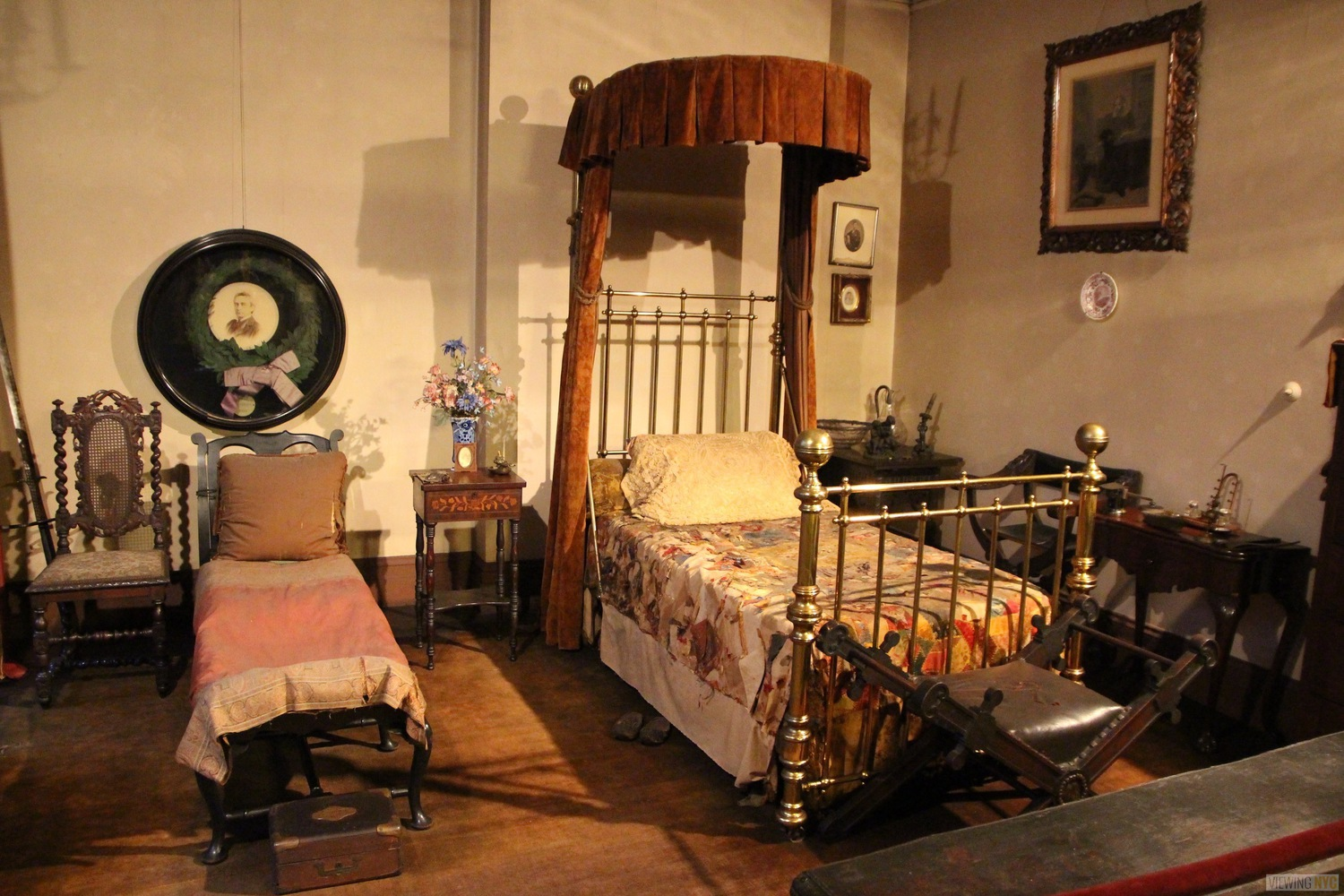 Edwin Booth's and Daughter's Beds