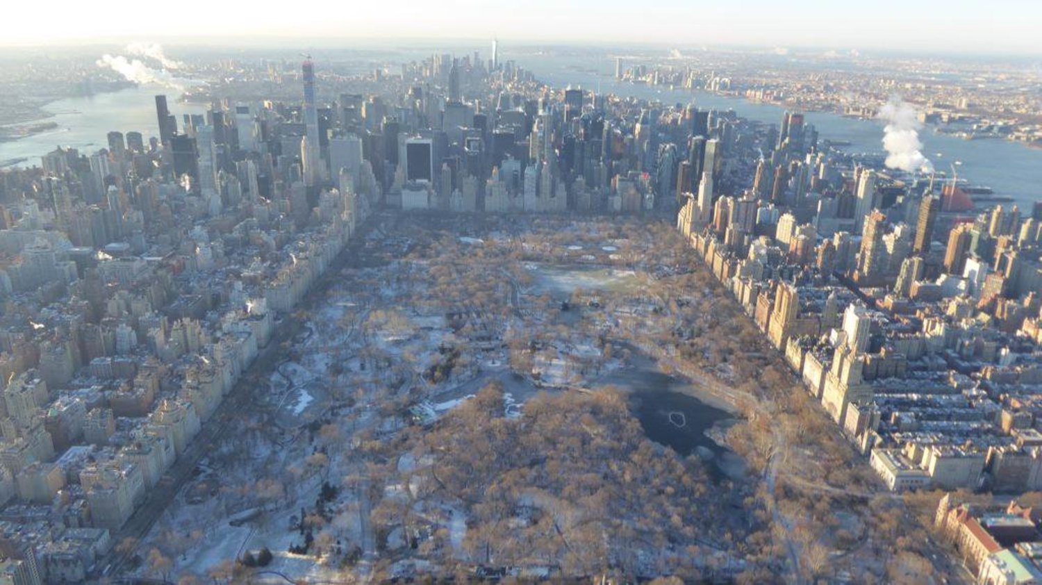 "From @wcbs880 Chopper 880: Outside air temp is -1 at 2000 ft over ""The Frozen Apple"" #NYC http://t.co/0a6NWL2MvV"
